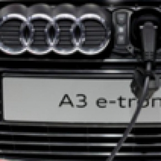 Bu Audi A3'ün Şarj Portu Önde!