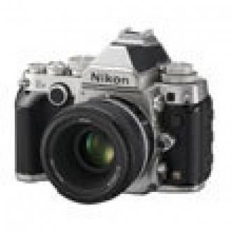 Nikon'un Retro DSLR Modeli Df Resmileşti