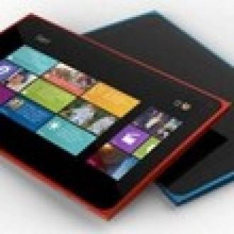 Nokia 2520'den iPad Air'e Taş Geldi