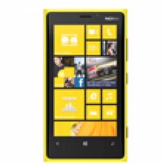 Nokia Lumia 820 Ön Siparişe Açıldı