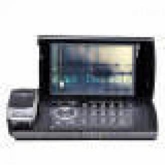 Hitachi'den 720p Kameralı Cep Telefonu