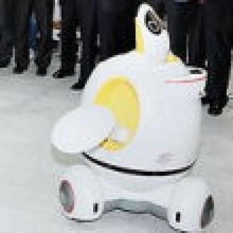 Robot Kiro Herkesin Hizmetinde