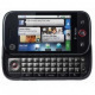 Motorola Android Telefonunu Görücüye Çıkardı