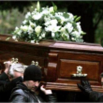 İnternet'ten Canlı Cenaze