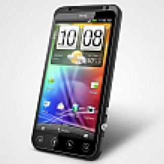 Avea'dan HTC EVO 3D Akıllı Telefonu