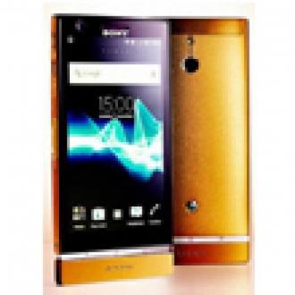Sony'den 24 Ayar Altın Kaplamalı Xperia P
