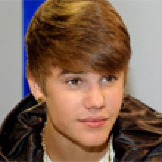 Justin Bieber Twitter'dan Sordu