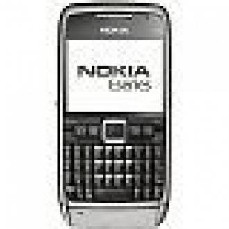 Nokia Geriliyor