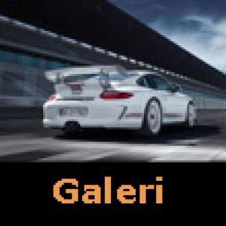 Porsche 911'in 2012 Modeli Sahnede