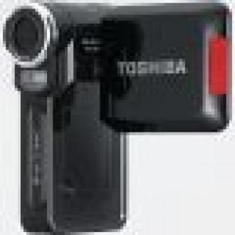 Toshiba Camileo Serisini Genişletiyor