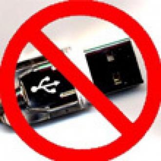 WikiLeaks USB'lerin Başını Yaktı