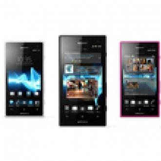 Sony Xperia Go ve Acro S'i Çıkardı