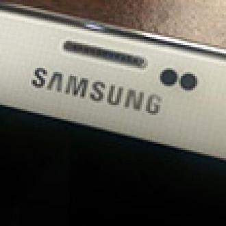 Galaxy S5'i Suya Sokmayın!