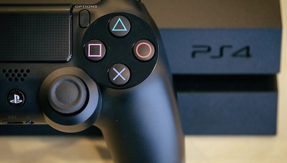 PlayStation 4 Gamescom Bombaları
