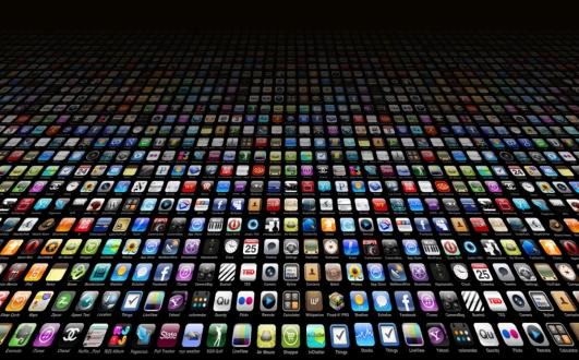 Google Play Store, App Store'u Solladı!