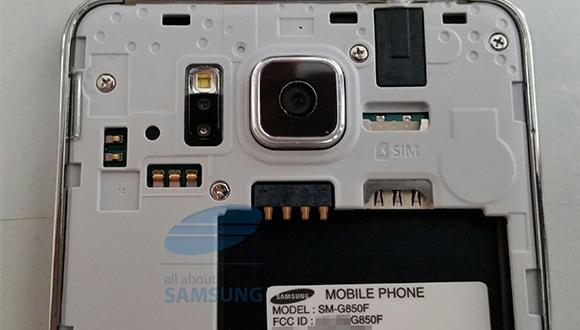 Galaxy Alpha, Note 3'e Fark Attı