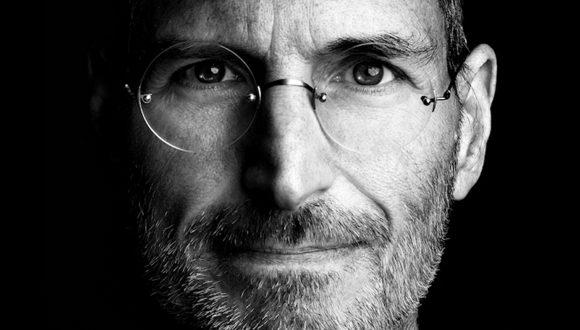 Steve Jobs 3G'yi Bitirecekti!