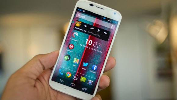 Motorola 4 Ayda 8 Telefon Tanıtabilir!