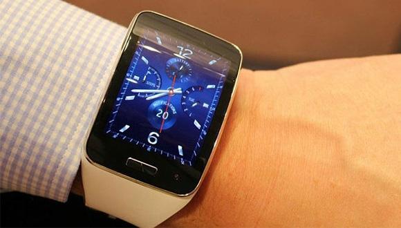 Akıllı Saatlere Parmak İzi Sensörü Geliyor