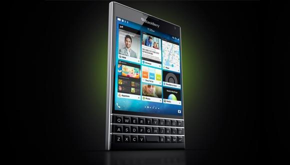 İşte BlackBerry Passport!