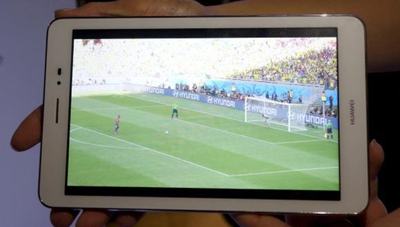 Huawei'den 8 inç Ekranlı Akıllı Telefon!