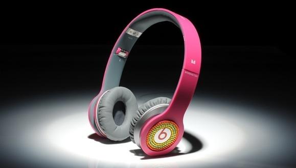 Beats Kulaklık Taktı Cezayı Yedi!