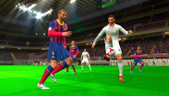 Real Madrid ve Barcelona PES 2015'te Karşılaştı