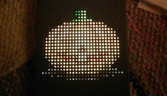 HTC Dot View'a Cadılar Bayramı Güncellemesi