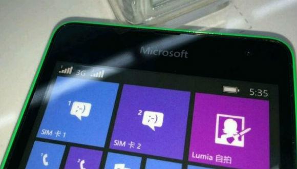 Microsoft Logolu Lumia'dan Görseller