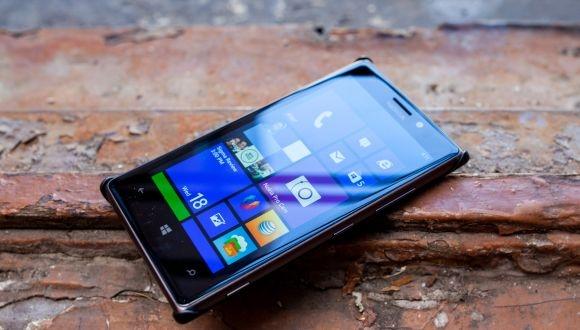Nokia Lumia 925 İndirime Girdi
