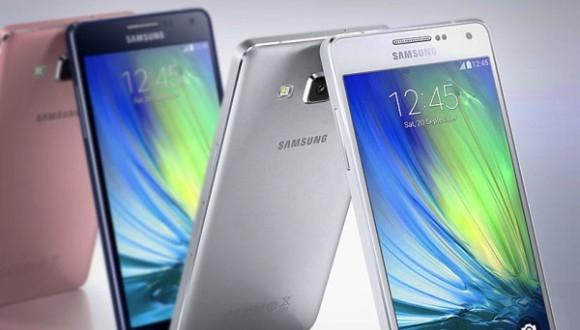 Samsung Galaxy A7 Ortaya Çıktı
