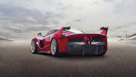 Ferrari'den 1036 Beygirlik Yeni Canavar!