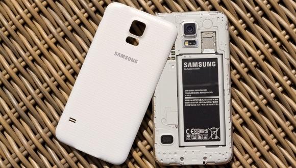 Samsung, Lityum Polimer Batarya Kullanacak!