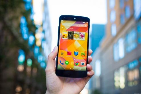 Nexus 5 Satışları Biraz Daha Devam Edecek