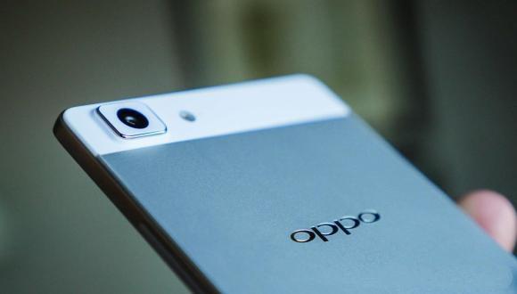 Oppo R8200 ve R8205 Göründü