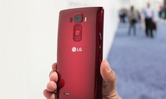 LG G Flex 2 Android 5.1.1 Güncellemesi Aldı