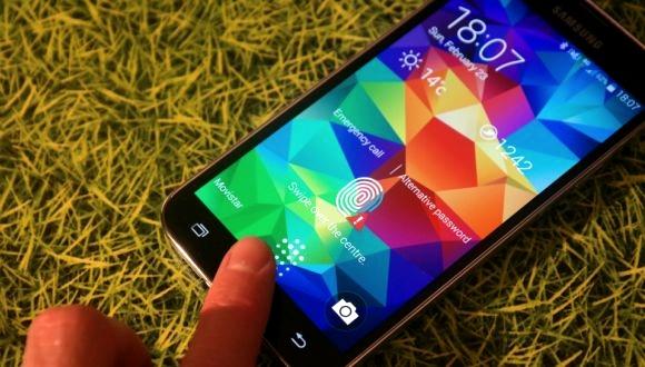 Galaxy S6 Büyük Home Tuşu İle Gelebilir!