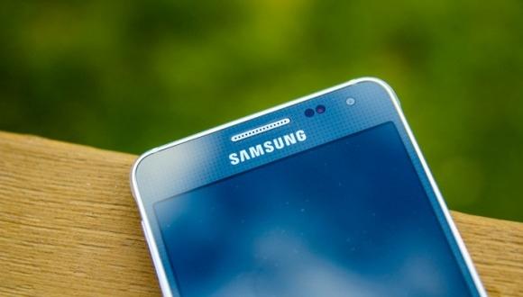 Galaxy S6'nın Arkası Cam Olabilir!