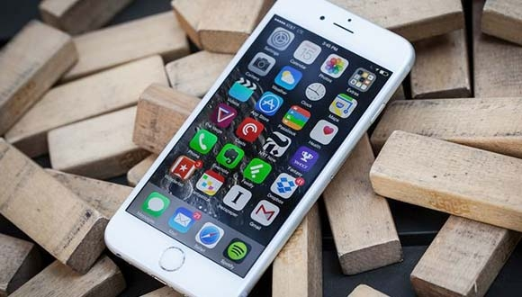 iOS 9 Stabilite ve Performans Odaklı Olabilir