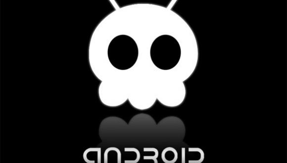 Android'iniz Kendiliğinden Fotoğraf Çekiyor mu?