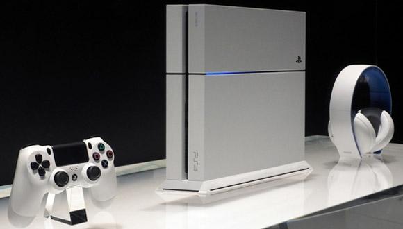 PlayStation 4 Güncellemesi Kendi Gösterdi