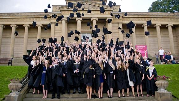 Üniversiteli Gençler Ne Kadar Harcıyor?