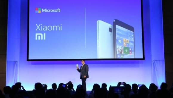 Microsoft, Xiaomi Mi4'e Windows 10 Getirecek!