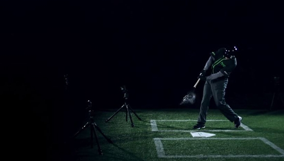 HTC'den Beyzbol Sopalı Reklam!