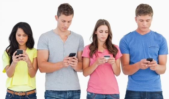 2015'te Kim Ne Kadar Akıllı Telefon Sattı?