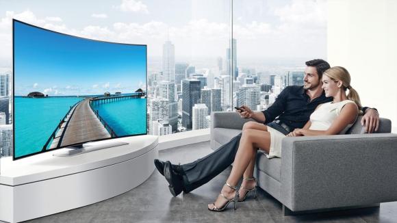 Samsung'a UHD ve Kavisli TV'leri Sorduk!
