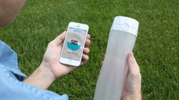 Akıllı Su Şişesi: Hidrate
