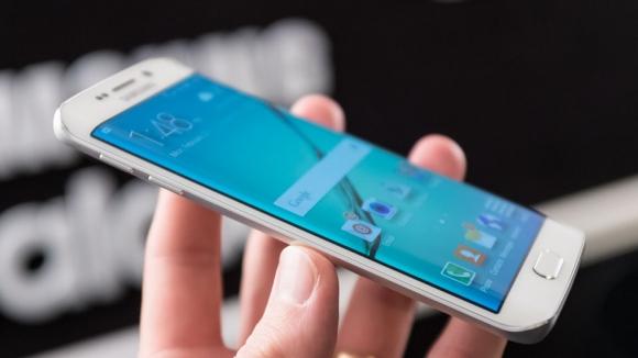 Galaxy S6 Plus mı Galaxy S6 Note mu?
