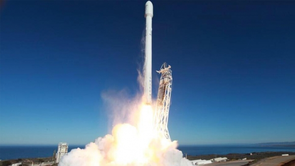 SpaceX Falcon 9 Patladı Mı?