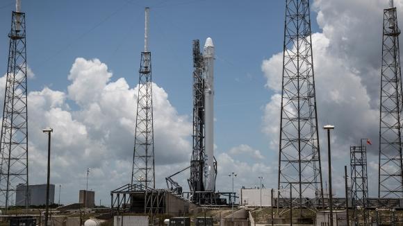 SpaceX Roket İnişini Canlı İzleyin